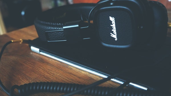 Best Wireless Headset Review
