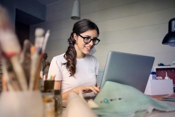 Affiliate Women Using Laptop